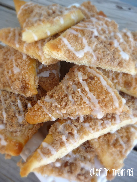 Sugar Crumb Crispy from chef-in-training.com ...This recipe is SO easy and delicious! From start to finish takes 20 minutes, including clean up! These will disappear quicker than they were made! #recipe #dessert