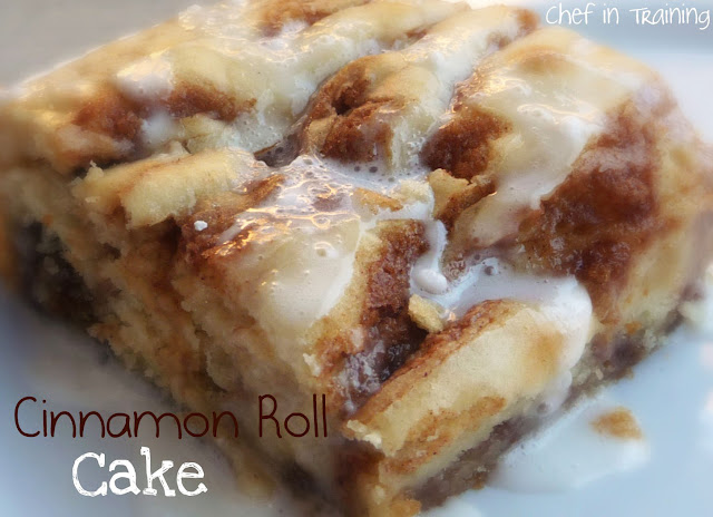 Cinnamon Roll Cake! The ooey gooey-ness of cinnamon rolls with a ...