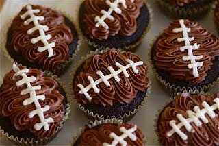 25 Super Bowl Appetizer/Treat Ideas