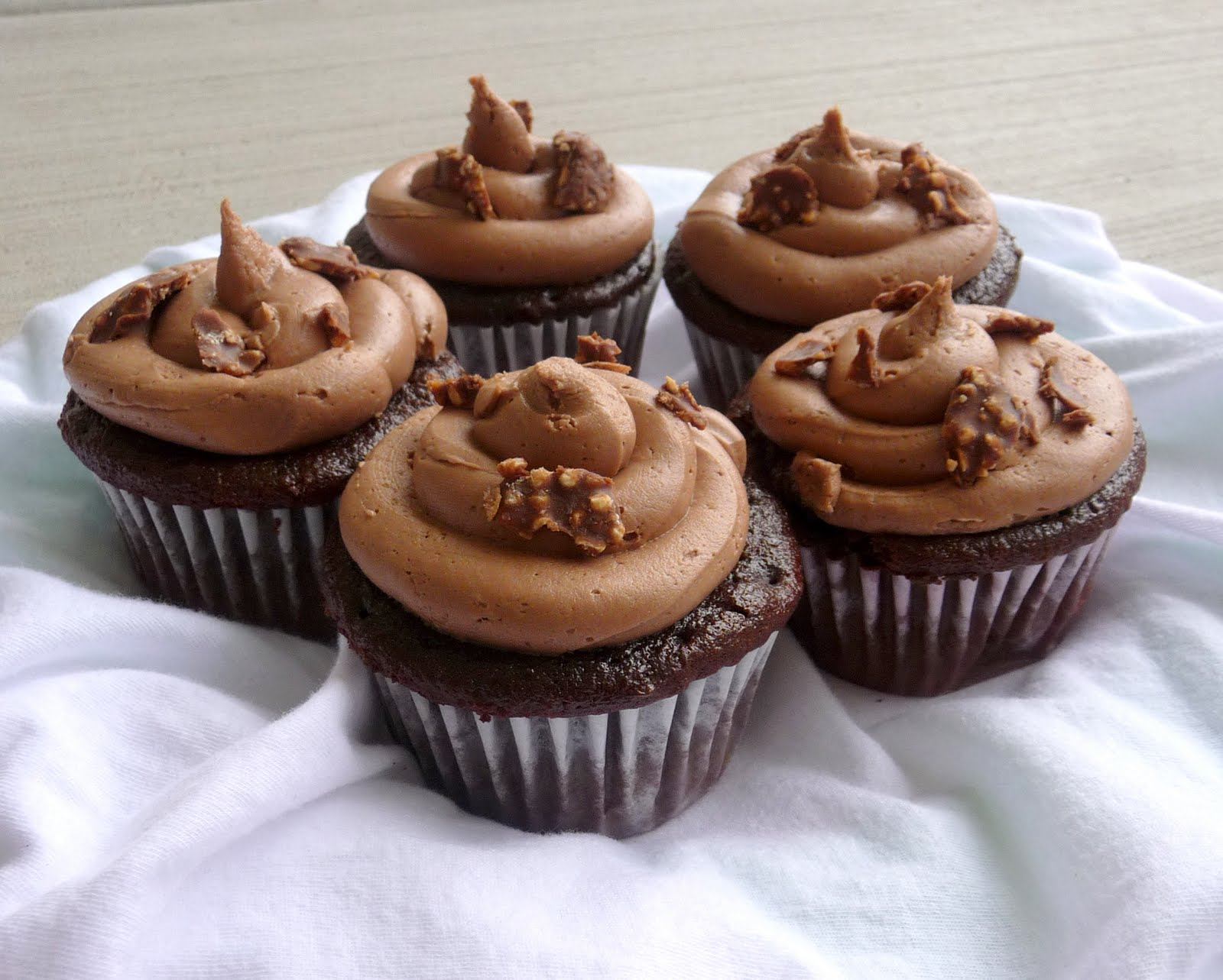 DELICIOUS Nutella Cupcake Recipe - Chef in Training