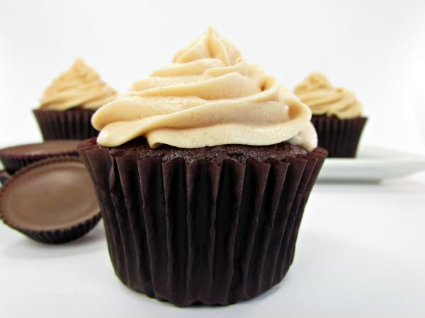 Chocolate Cupcakes with Peanut Butter Frosting | Chef in Training
