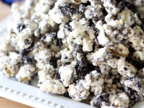 Cookies and Cream Popcorn!  Only 3 ingredients, making it not only delicious, but super easy!