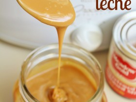 Crock Pot Dulce de Leche! One ingredient and just about the EASIEST way to make it! This recipe is a keeper! #slowcooker #dessert