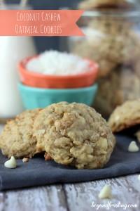 Cashew-coconut-cookies_5141_text_700_31