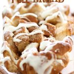 Cinnamon Roll Pull Bread on chef-in-training.com ...This is such and easy, delicious and fun treat for a crowd! #recipe #dessert