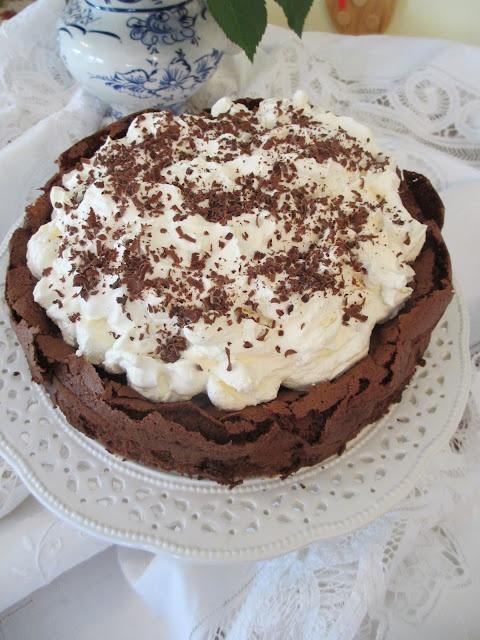 Chcolate Cloud Cake