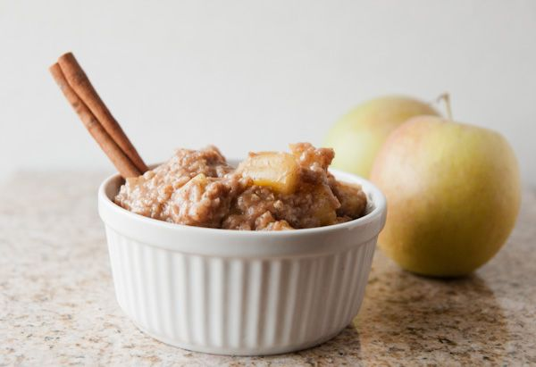 Crock Pot Skinny Caramel Apple Pie Oats
