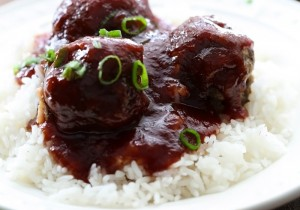 Homemade Meatballs with Sweet and Tangy Sauce from chef-in-training.com …This meal is amazing!