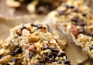 Almond Cashew Granola Bars from chef-in-training.com …These are so easy to make, have a delicious flavor, yummy crunch and are perfect for on the go snacks!