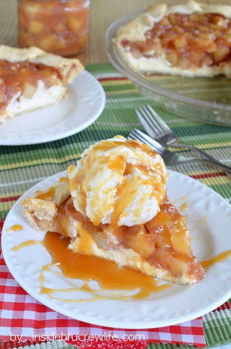 Cheesecake Apple Pie