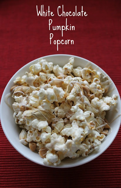 White Chocolate Pumpkin Popcorn