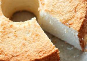THE BEST Angel Food Cake from scratch! This cake has the most perfect texture and flavor! Once you make this, it will become your new favorite!