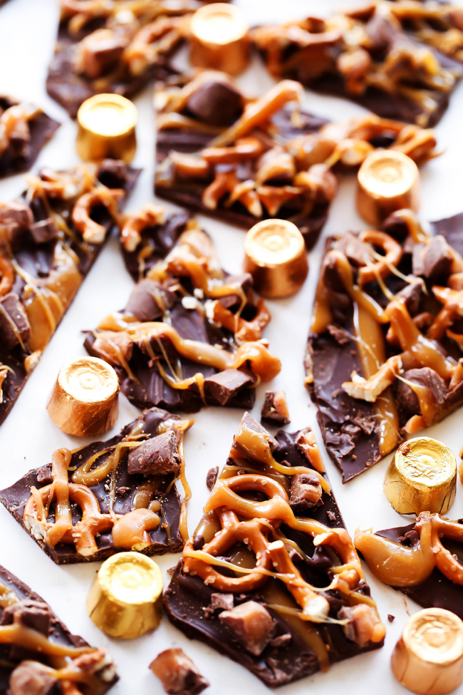 ROLO Pretzel Bark... An extremely simple yet tasty chocolate-caramel treat that only takes a few minutes to put together and tastes absolutely incredible! It is the perfect combo of sweet and salty! #sponsored