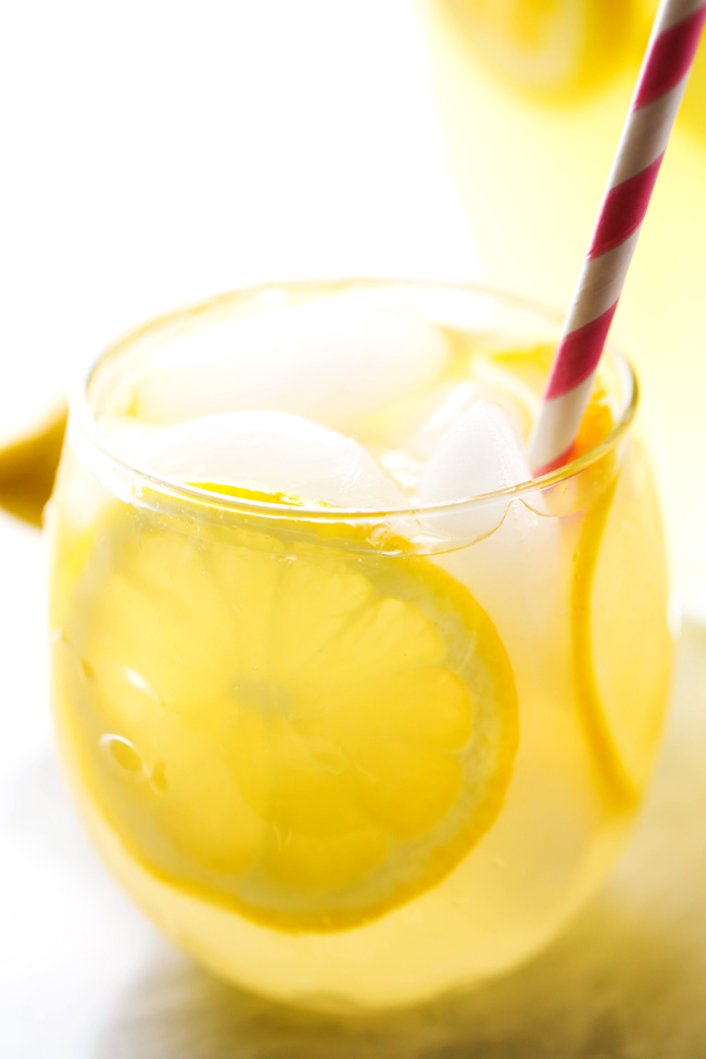 BEST EVER Homemade Lemonade... This lemonade has the most delicious flavor and is perfect for quenching your thirst on hot summer days!