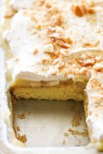 Banana Cream Pie Sheet Cake