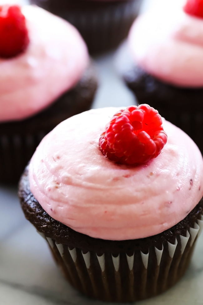 Raspberry Buttercream Frosting... A creamy and delicious frosting that is absolutely heavenly! It is made with fresh raspberries and the flavor is wonderful!