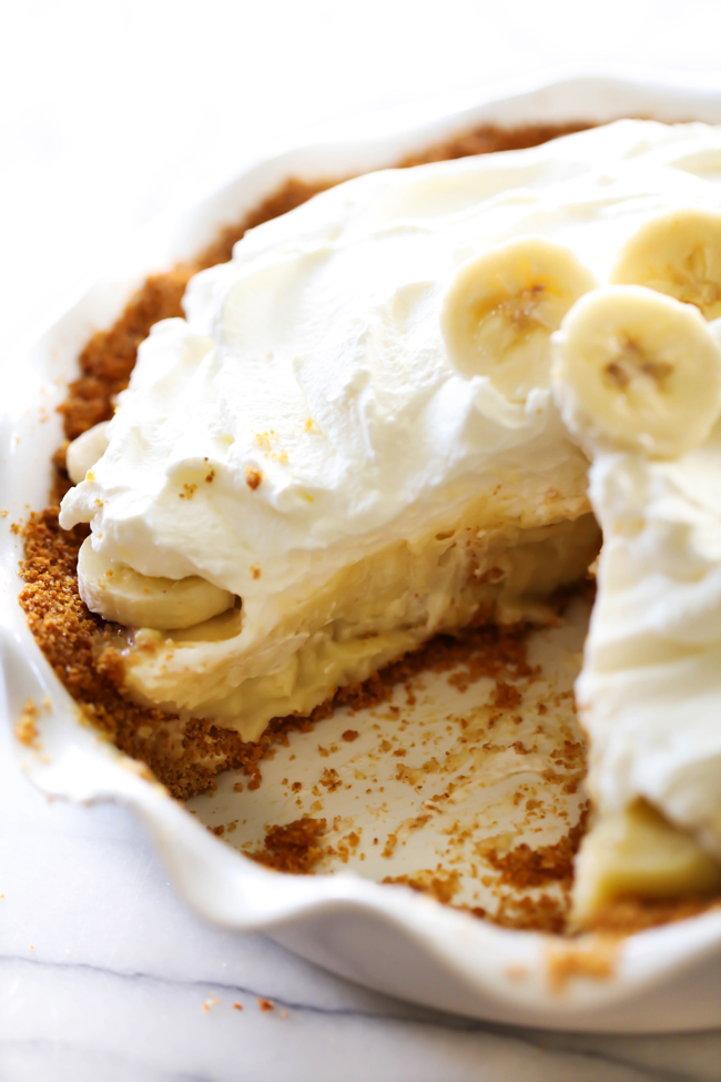 Easy no bake banana cream pie with vanilla wafers