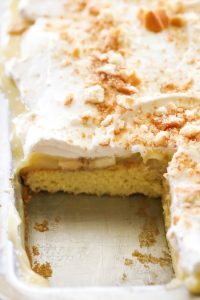 banana-cream-pie-sheet-cake-2
