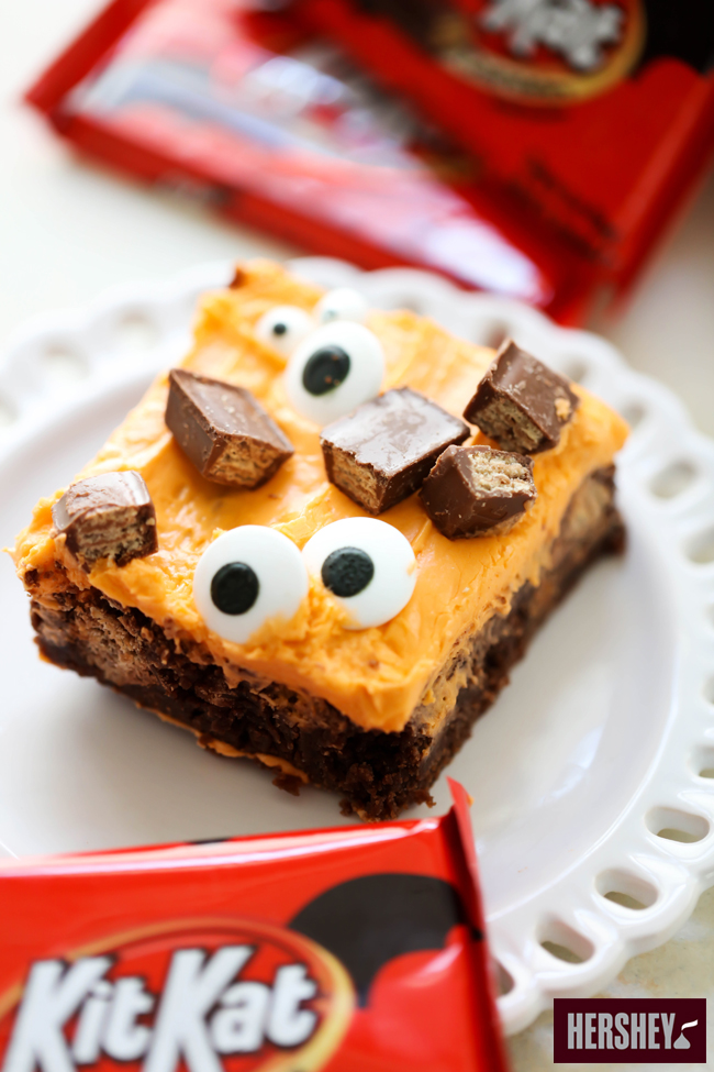 These KIT KAT Halloween Brownies are fudgy and loaded with KIT KAT Candy Bars. They are super cute and festive for the holiday and simple to make! #sponsored HERSHEY'S Chocolate